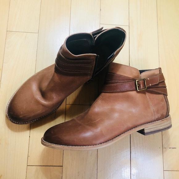 Clark's Maypearl Edie Ankle Bootie, Brown Leather